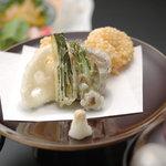 玄武風柳亭 - 天ぷらは旬の食材を添えて!