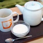 アジアンティー 一茶 - 文山包種+杏仁豆腐