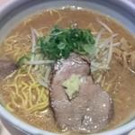 イオリ - 味噌ラーメン¥800