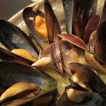 9437255 - ムール貝とアサリの白ワイン蒸し