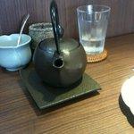 9437875 - 鉄瓶で供せられる紅茶