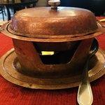 94376123 - 優雅な気持ちになれる銅製の鍋。