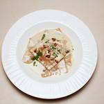 Trattoria La Cenro - 料理写真:カボチャの自家製ラビオリ ゴルゴンゾーラソース