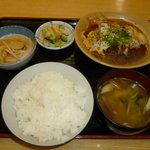 もとやくし食堂 - かつ煮定(950円)