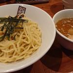 にぼしらーめん 三代目 玉五郎 - 煮干しつけ麺