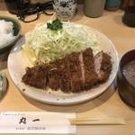 Maruichi - ロースカツ定食