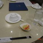 銀杏 四川料理 - テーブル風景