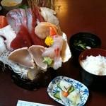 浜清丸 - お刺身すごいー!