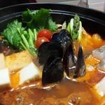 プラスアルファキッチン - カンガルーミートボールのトマト鍋