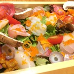 市場直送 海鮮サラダ