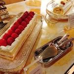 94402273 - 苺のショートケーキ