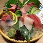 近畿大学水産研究所 - 近大マグロと選抜鮮魚のお造り六点盛り