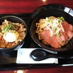 神戸製麺 - ローストビーフ油そばと鶏そぼろ親子丼