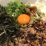 肉そば ごん - 肉そば(肉増し)