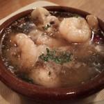 ウルトラチョップ - 海老とマッシュルームのアヒージョ