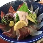 船番所 - ハマチと真鯛の2種