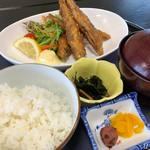 斎春 - メヒカリ唐揚げ定食1200円税別