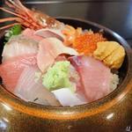 斎春 - 復興丼(海鮮丼)2500円税別