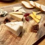 94419920 - チーズ盛り合わせ