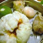 China Modern Liang You 良友 - 飲茶ランチ1600円 飲茶5種