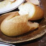 bistro oeuf oeuf - パン 食べ放題です