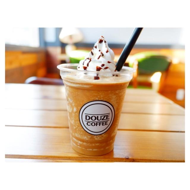 ドゥーズコーヒー (DOUZE COFFE...