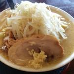 麺屋信次郎 - 料理写真:辛味噌信次郎・大盛り・野菜増