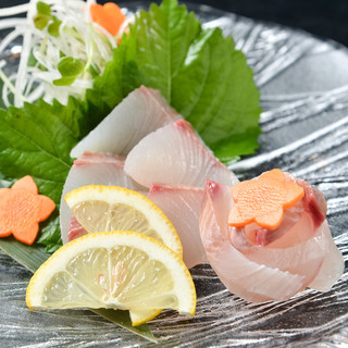 """一番美味しい形で提供*市場で買い付ける季節の日替わり""""鮮魚"""""""