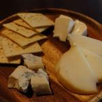 肉とチーズと個室居酒屋 しだれ桜 -