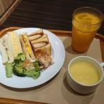 サンドッグ イン 神戸屋 -