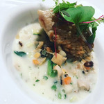 ステーキ オクソン - 甘鯛の鱗焼き 貝の旨味たっぷりマリニエールソース