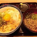 丼丼亭 - 月見親子丼ミニ麺セット 780円