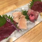 裏天満ちょうちん通り 肉寿司 - 肉刺し四種盛り合わせ