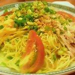 四川料理 蘭梅 - 中華冷麺。  胡麻たれをかけて、頂きます。