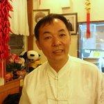 四川料理 蘭梅 - 店主。  堺のホテル リバティープラザにも、支店がありますよ。