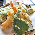 蕎麦CAFE 福 - 「天ザル」の天ぷら(2011年9月)