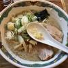 特麺コツ一丁ラーメン - 料理写真:ラーメン 麺半分 700円 ニンニクありアブラ多めで