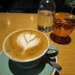 モジョコーヒー - フラットホワイト
