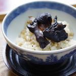 仲佐 - 【蕎麦三昧】の蕎麦の実入りキノコの飯蒸し