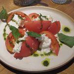 94469665 - トマトと水牛モッツァレラのカプレーゼ
