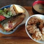 94472086 - なかよしの魚屋さん定食:トロ鯖の照り焼き