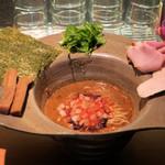 拉麺 成 - 辛ニボリッチ850円
