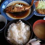 お食事処千家 - 煮魚定食(カサゴ) 1575円