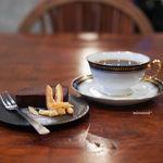 ハミングバードコーヒー - マンデリン、チョコレートケーキ