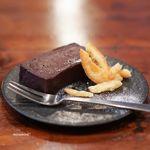 ハミングバードコーヒー - チョコレートケーキ