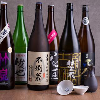 純米燗酒も各種取りそろえ