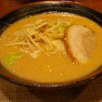札幌らーめん みそ源 - 横浜ワールドポーターズのラーメン屋「みそ源」の味噌ラーメン