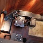 麻布 川上庵 - 1階部分から見たテラス席全景