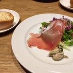 bottega - 前菜とパン