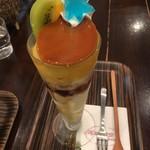 甘味茶屋 ぶどうの木 - カスタードプリンパフェ